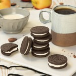 Μπισκότα Κακάο με γέμιση Κρέμας Γάλακτος 'Chocolate O's' - Χωρίς Γλουτένη (165γρ) Dr. Schar